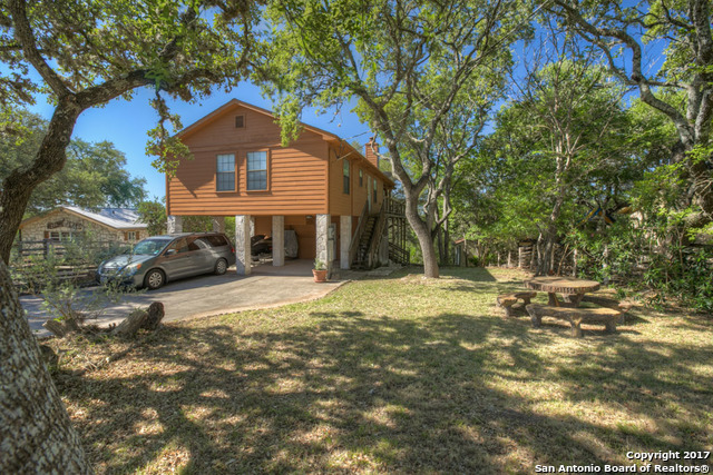 1154 STAGECOACH DR, Canyon Lake, TX 78133