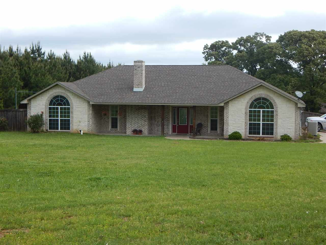1123 CHINABERRY, GILMER, TX 75645