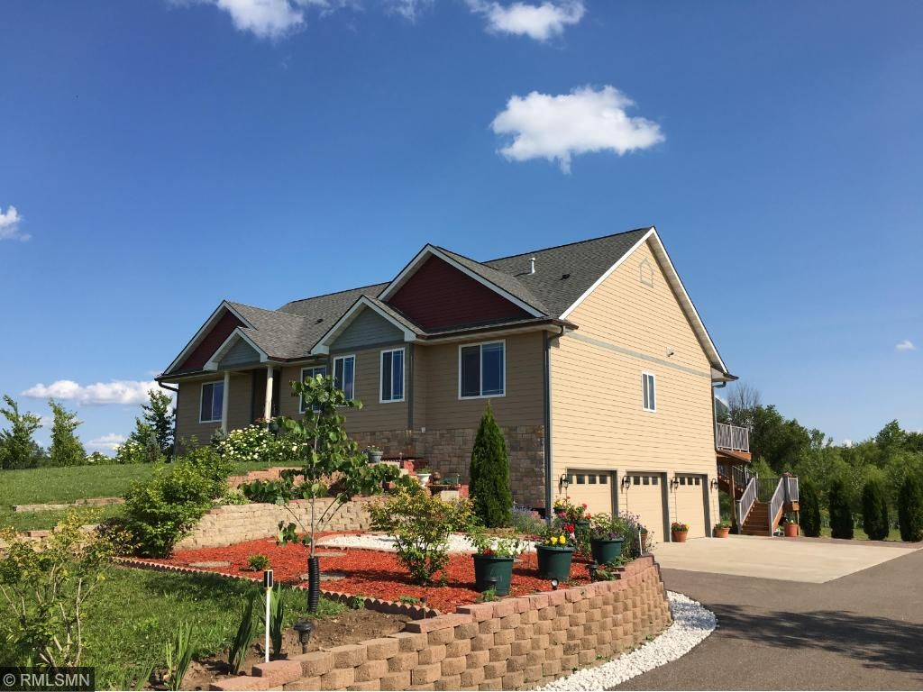 9422 187th Avenue NW, Nowthen, MN 55330