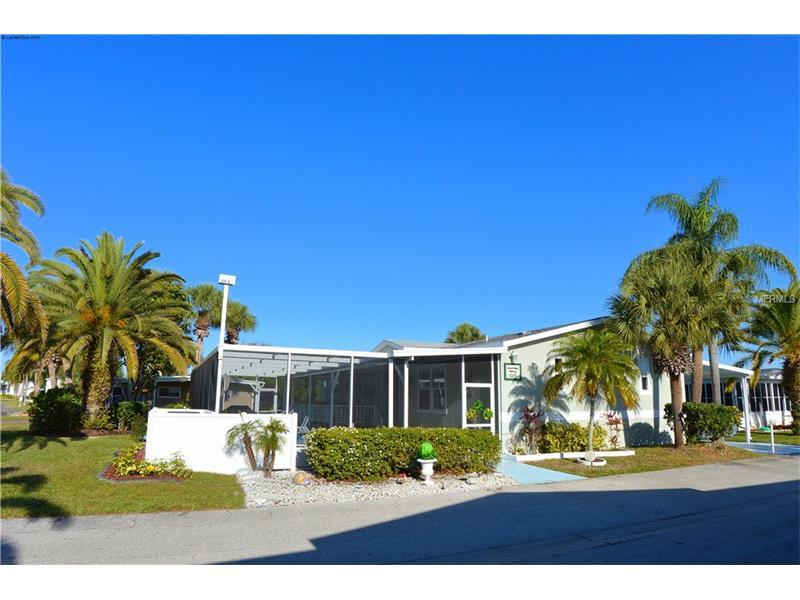 2100 KINGS HIGHWAY 1086 Country Club Cir, PORT CHARLOTTE, FL 33980