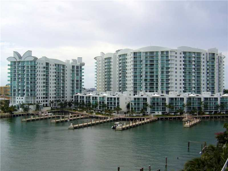 7914 Harbor Island Dr 105, North Bay Village, FL 33141