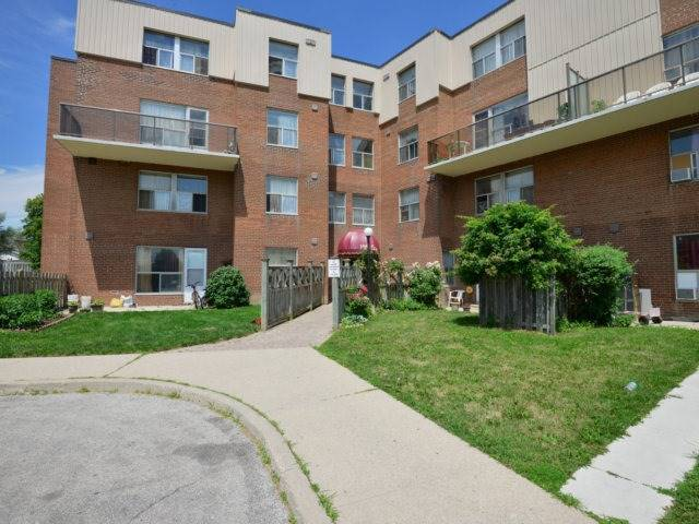 1055B Forestwood Dr 119, Mississauga, ON L5C 2T8