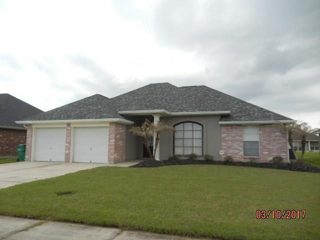 88 DEREK Lane, Laplace, LA 70068
