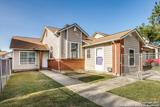 5982 SUNRISE BEND DR, San Antonio, TX 78244