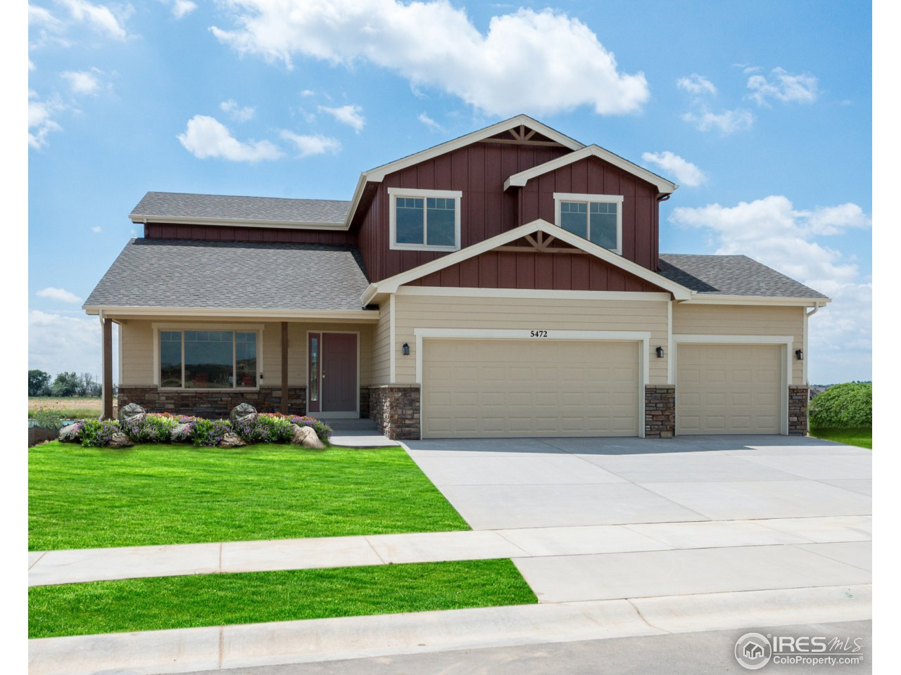 5472 Long Dr, Timnath, CO 80547