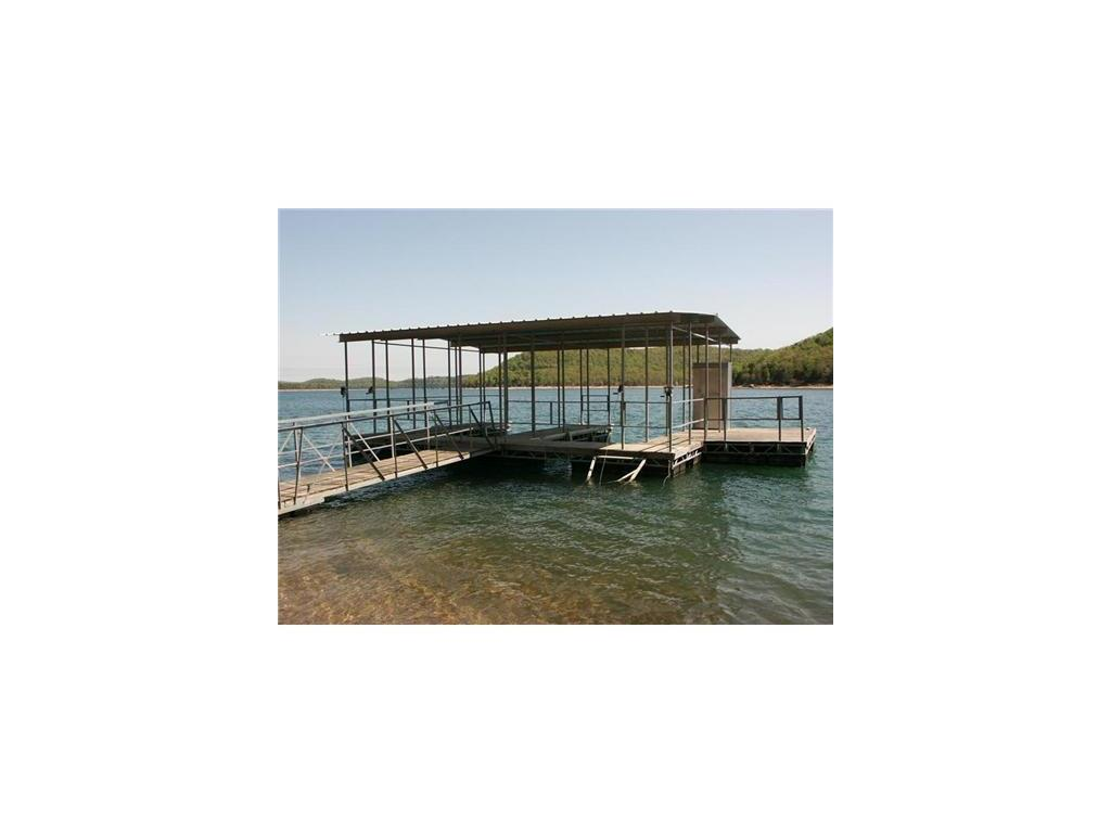 Lake Shore Dr, Eureka Springs, AR 72631