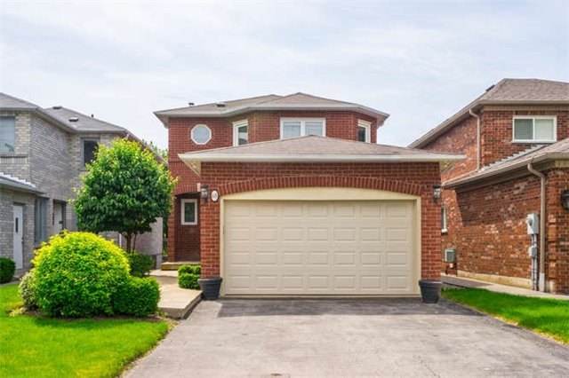 68 Redondo Dr, Vaughan, ON L4J 7S6