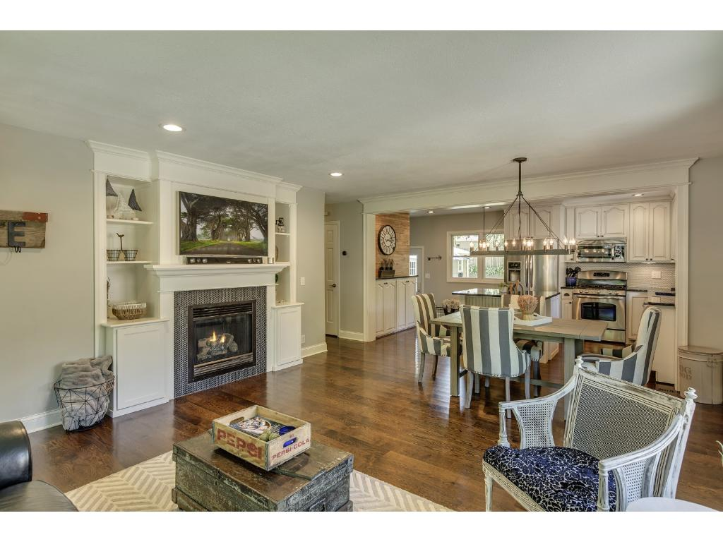 1025 Sumter Avenue N, Golden Valley, MN 55427