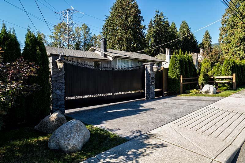 2673 WILLIAM AVENUE, North Vancouver, BC V7K 1Z4