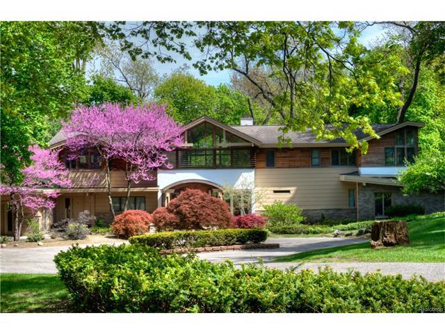 1750 HILLWOOD Drive, Bloomfield Hills, MI 48304
