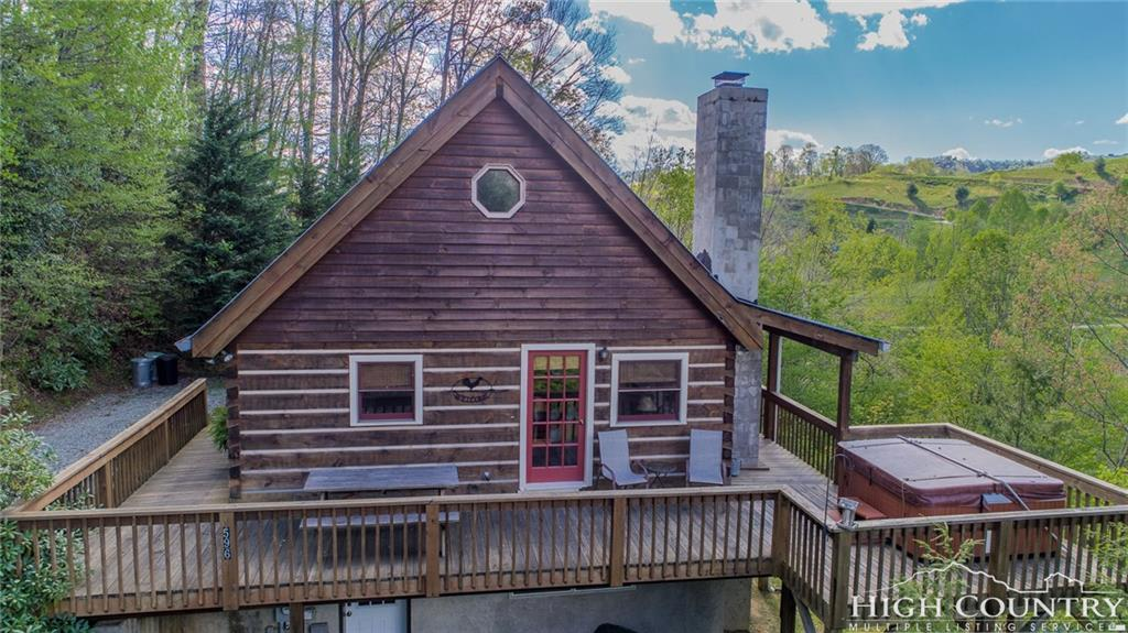 596 Joe Shoemaker Road, Vilas, NC 28692