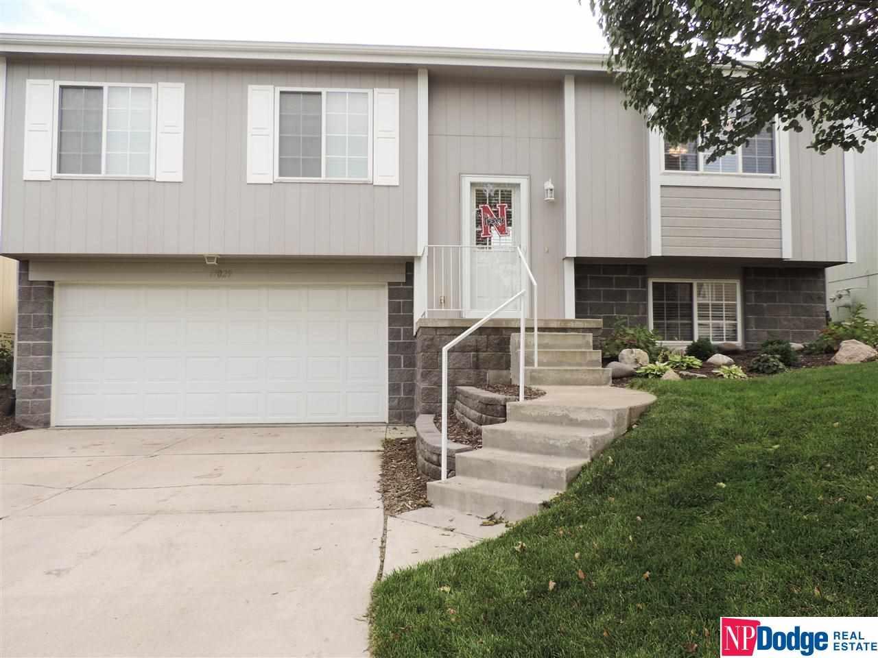 17029 Sprague Street, Omaha, NE 68116