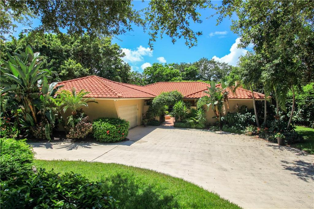 17 Middle Road, Stuart, FL 34996