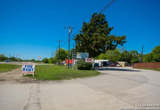8611 NEW LAREDO HWY, San Antonio, TX 78211