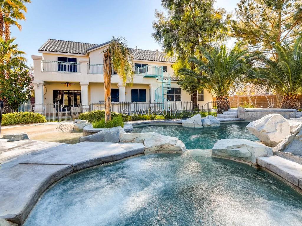 9879 LA CIENEGA Street, Las Vegas, NV 89183