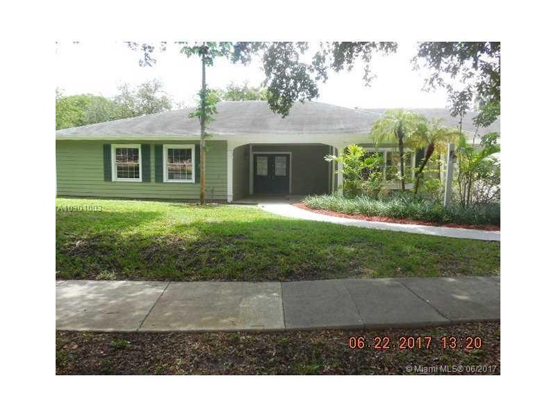 14825 SW 147th Ct, Miami, FL 33196
