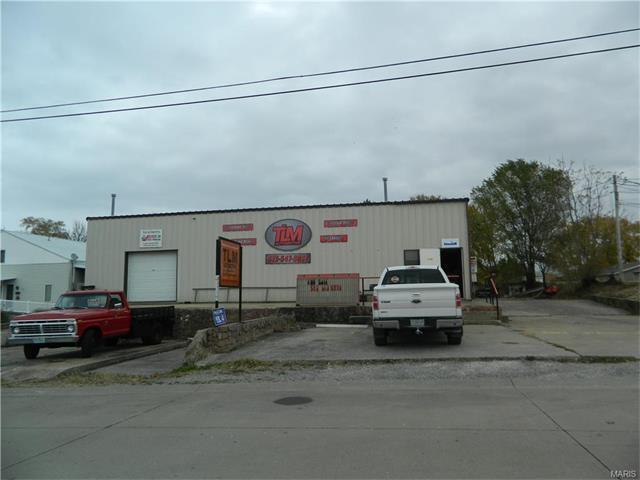 215 Kiefner St, Perryville, MO 63775