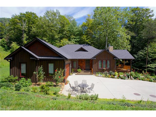 274 Holcombe Cove Road, Candler, NC 28715