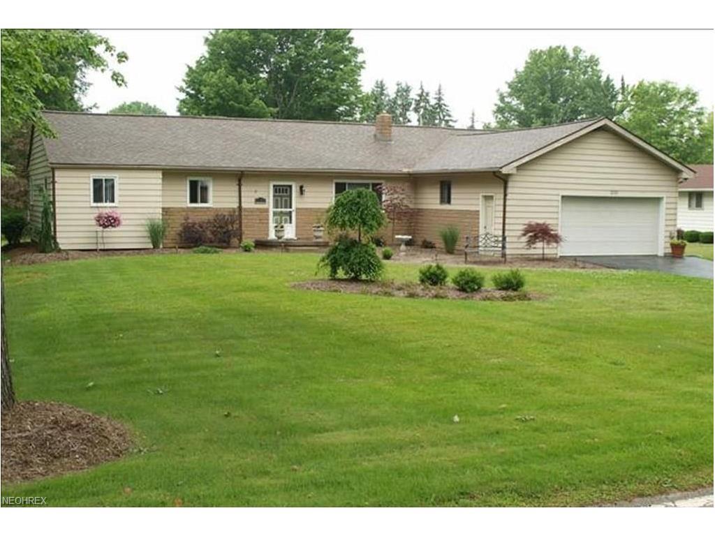 2133 Howland Wilson Rd NE, Warren, OH 44484