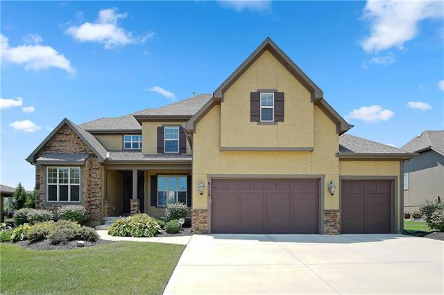 8128 Longview Road, Lenexa, KS 66220