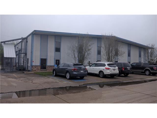 130 JARRELL Drive, Belle Chasse, LA 70037