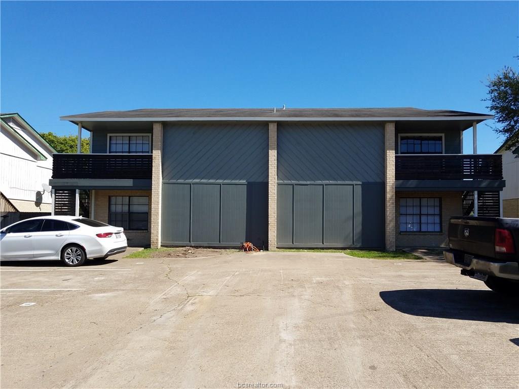 806 Navarro Drive, College Station, TX 77845