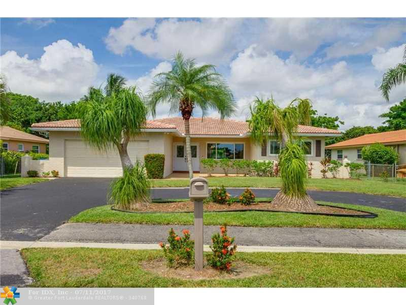 806 Ramblewood Dr, Coral Springs, FL 33071