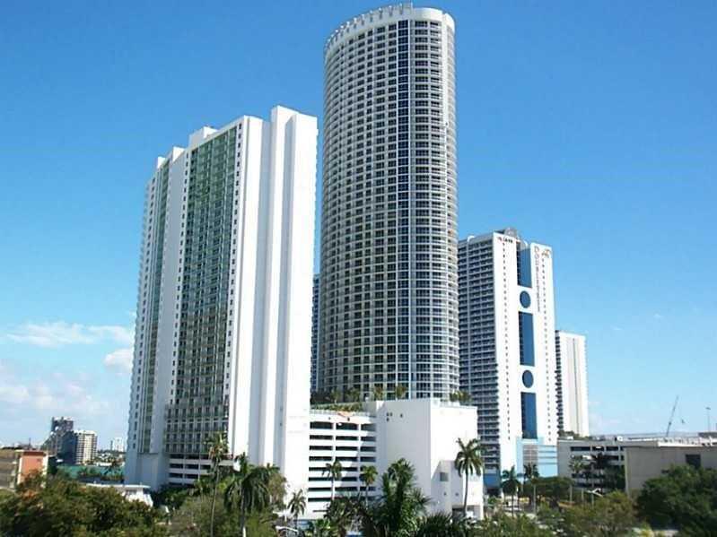 1750 N Bayshore Dr 1711, Miami, FL 33132