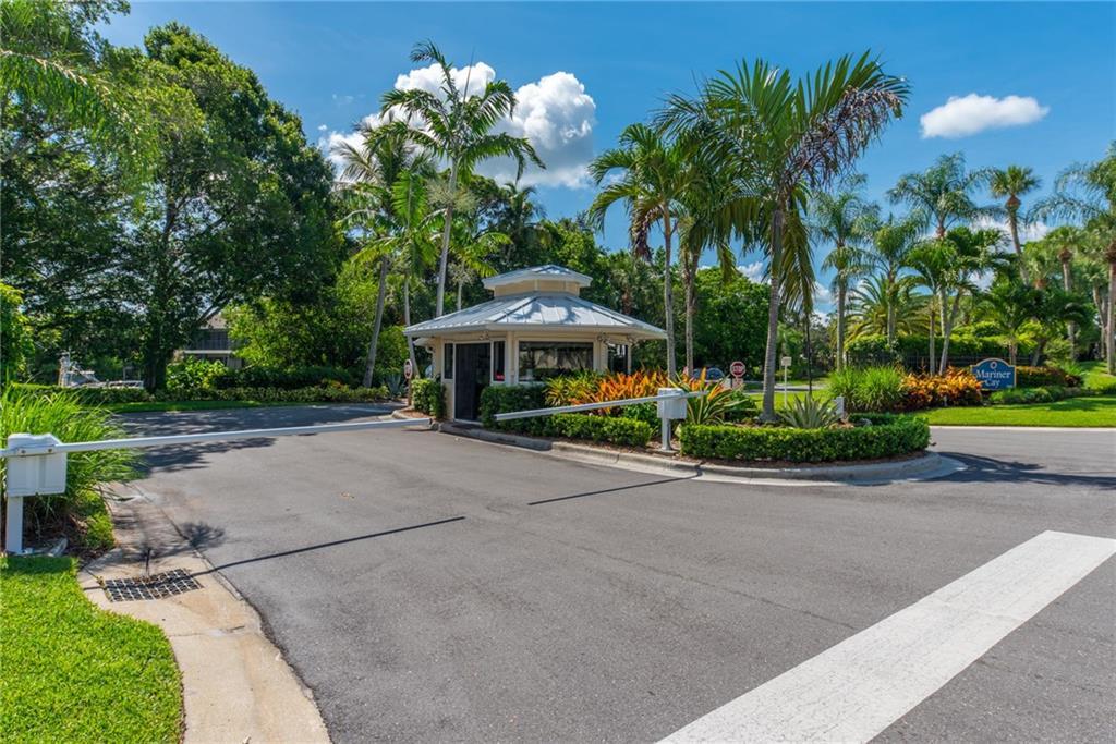 3901 SE Saint Lucie Blvd D-30, Stuart, FL 34997