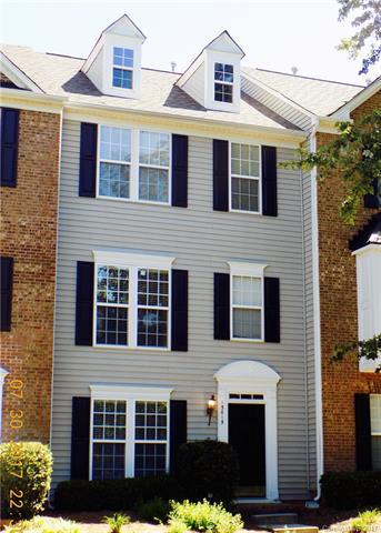 15615 Sir Charles Place, Charlotte, NC 28277