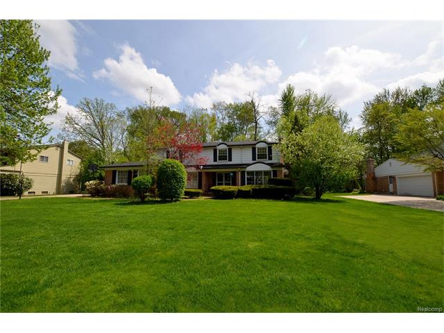 21703 E VALLEY WOODS Drive, Beverly Hills Vlg, MI 48025