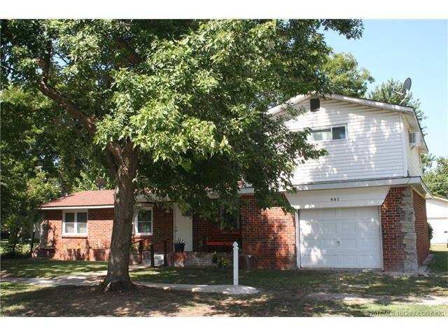 907 S Maple Street, Paden, OK 74860