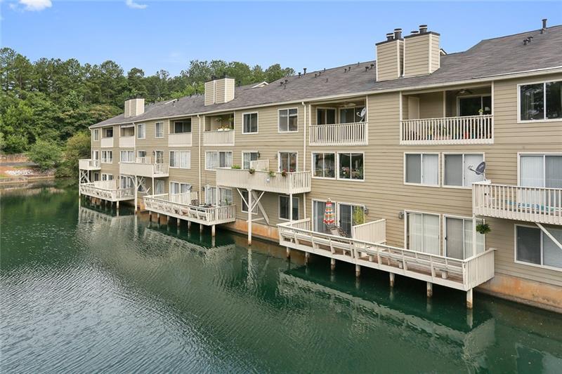 14 SE Lakes Edge Drive, Smyrna, GA 30080