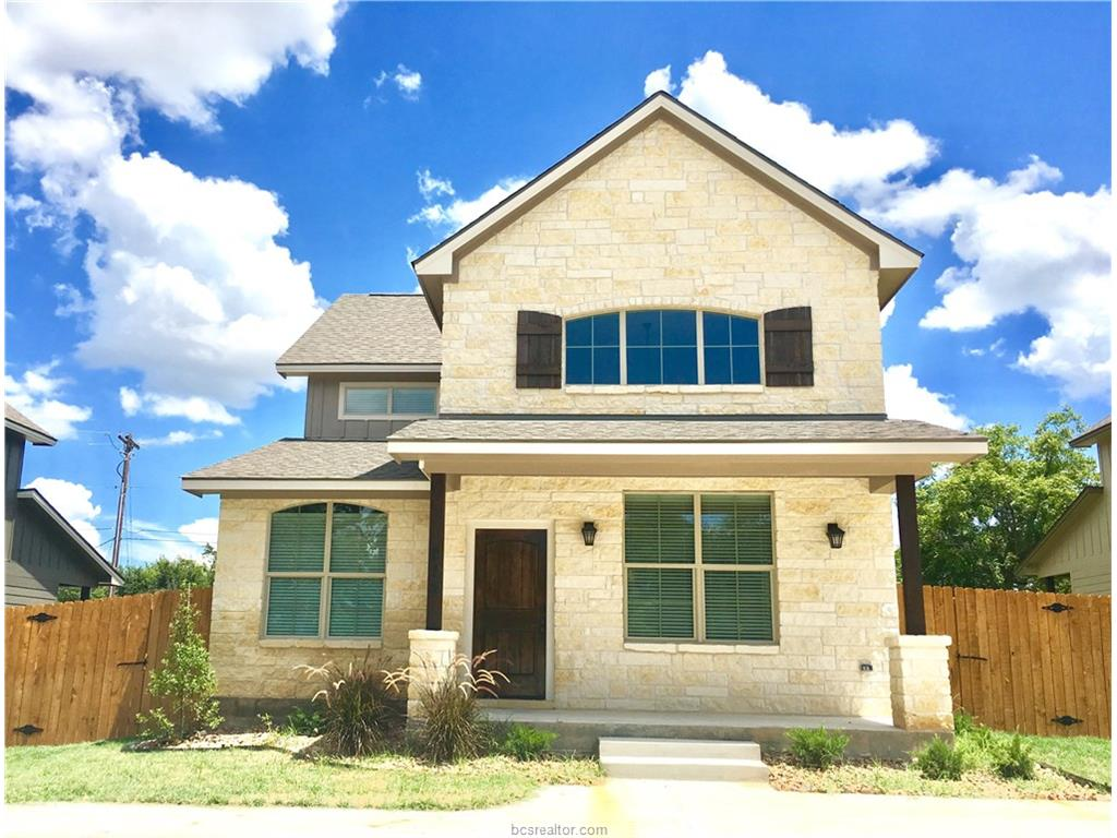 215 Helena, College Station, TX 77840