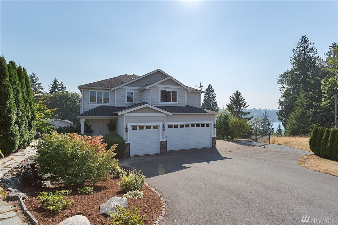 414 Rhodora Heights Rd, Lake Stevens, WA 98258