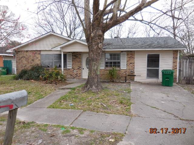 This ranch home has 3 bedrooms, 2 baths and an enclosed garage area for extra space that can be used as a office of craft room.  Built in shelving in living room for books or entertainment equipment. Renovations in master bath have been started.