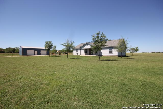 8975 NEW SULPHUR SPRINGS RD, San Antonio, TX 78263