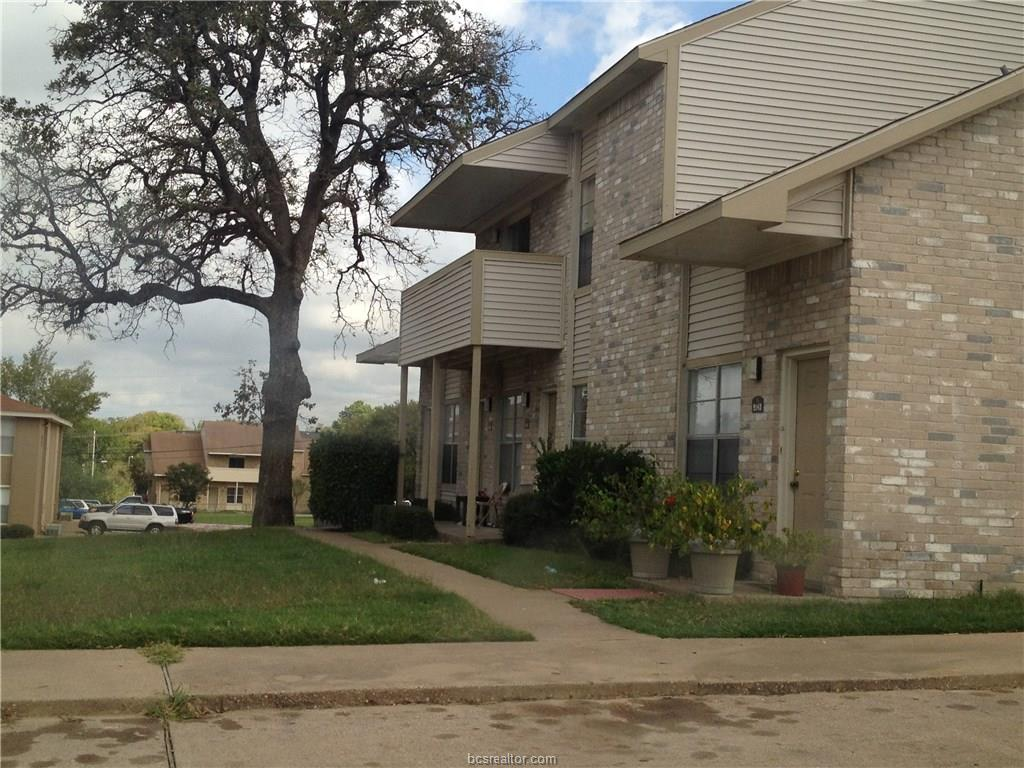 914 SPRING LOOP A, College Station, TX 77840