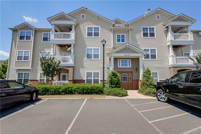 19848 Deer Valley Drive unit 19848, building 6210, Cornelius, NC 28031