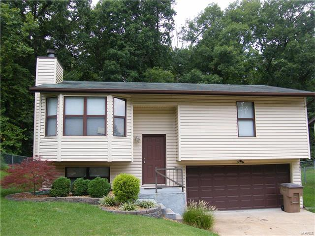 1121 New Towne Road, Arnold, MO 63010
