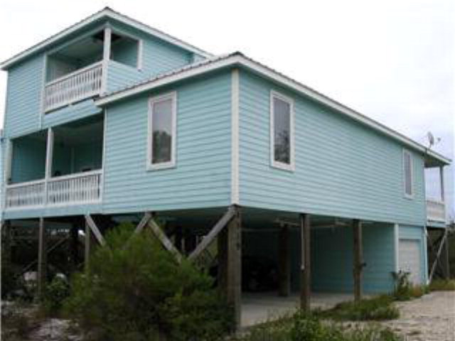 8919 Diamond Dr, Gulf Shores, AL 36542