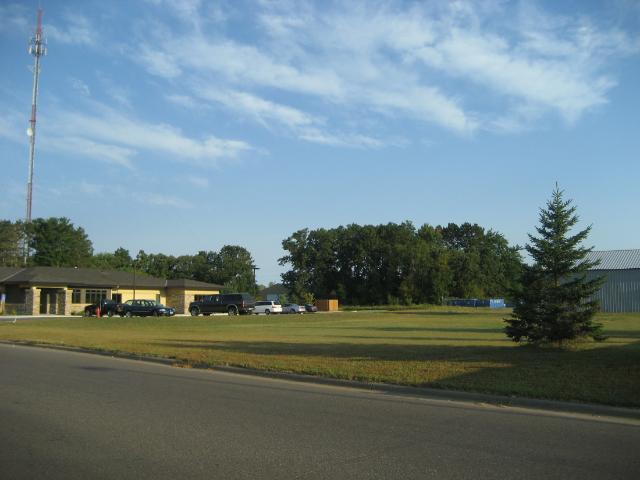 205 Opportunity Boulevard N, Cambridge, MN 55008