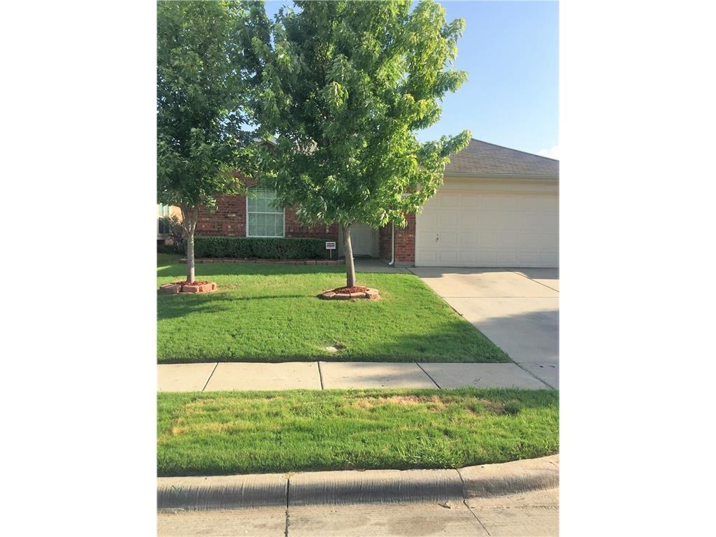 1052 Westbrook Court, Grand Prairie, TX 75052