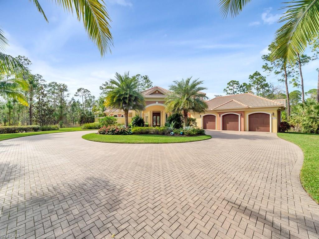 4529 Club Estates DR, NAPLES, FL 34112