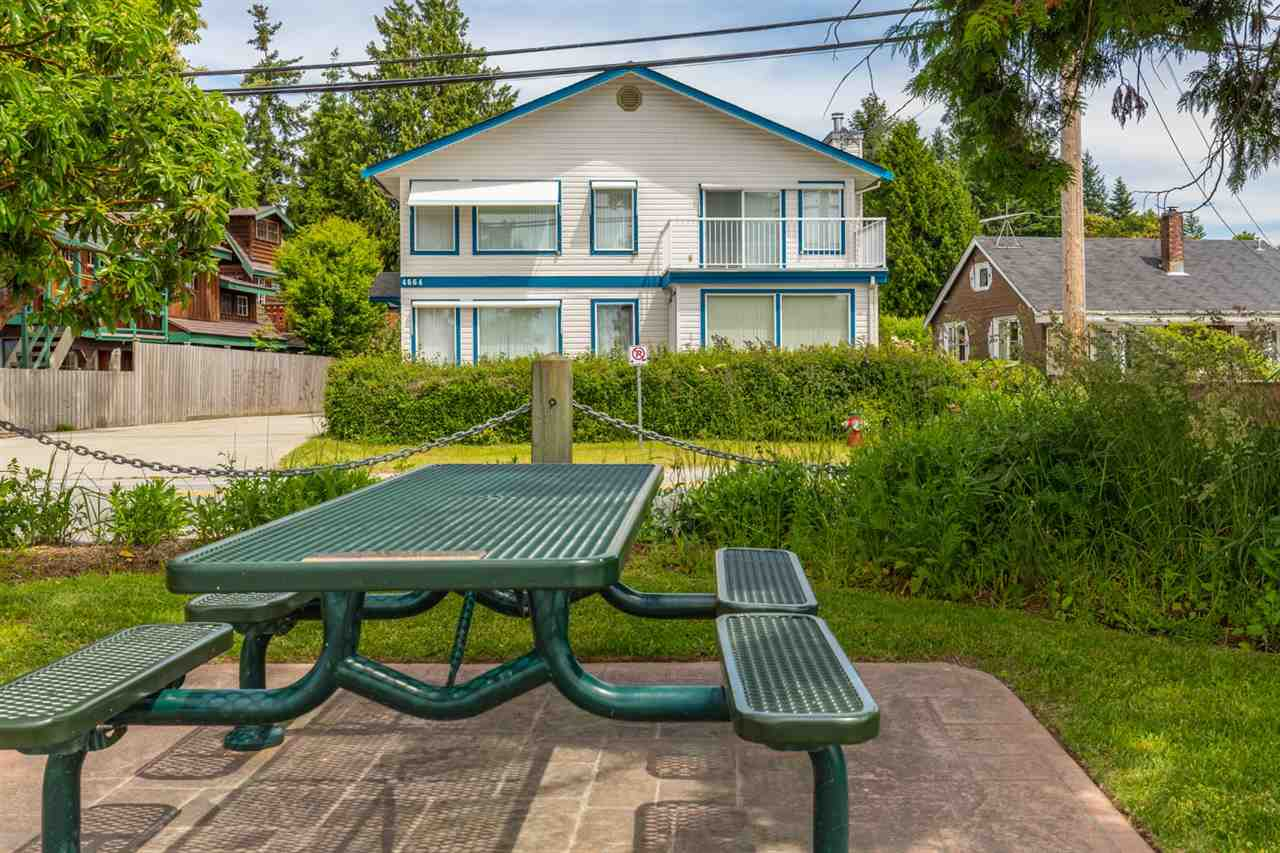 4664 SUNSHINE COAST HIGHWAY, Sechelt, BC V0N 3A2