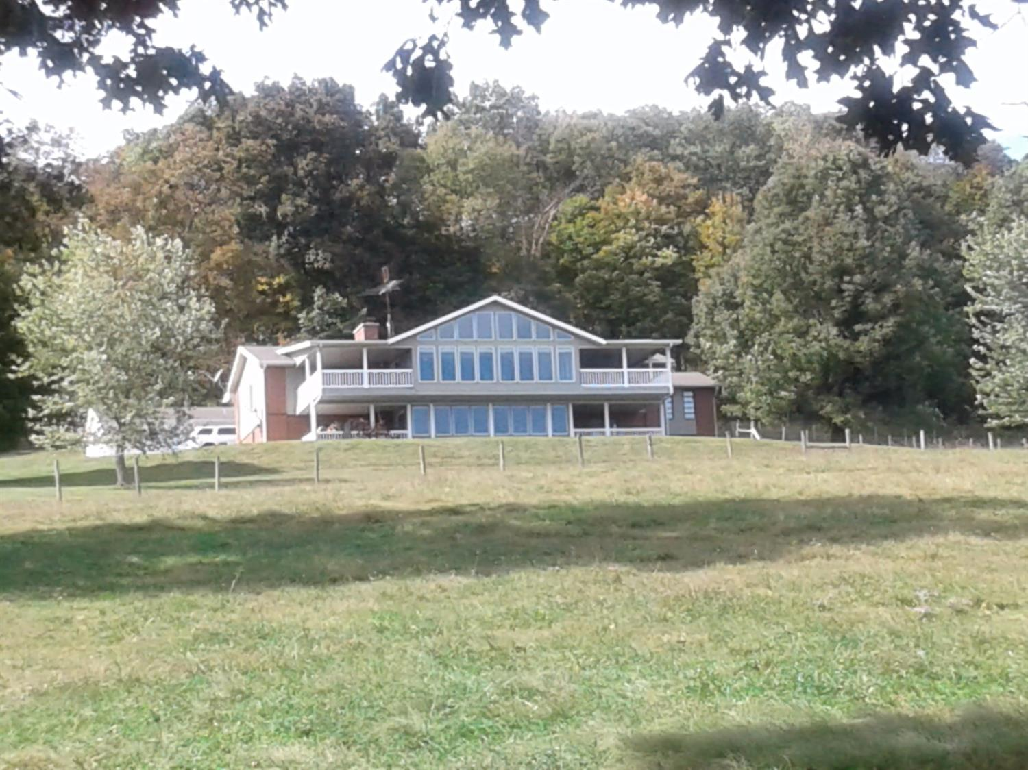 3595 Hwy 3264, Science Hill, KY 42553