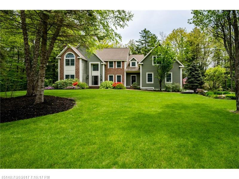 149 Woodlands DR , Falmouth, ME 04105