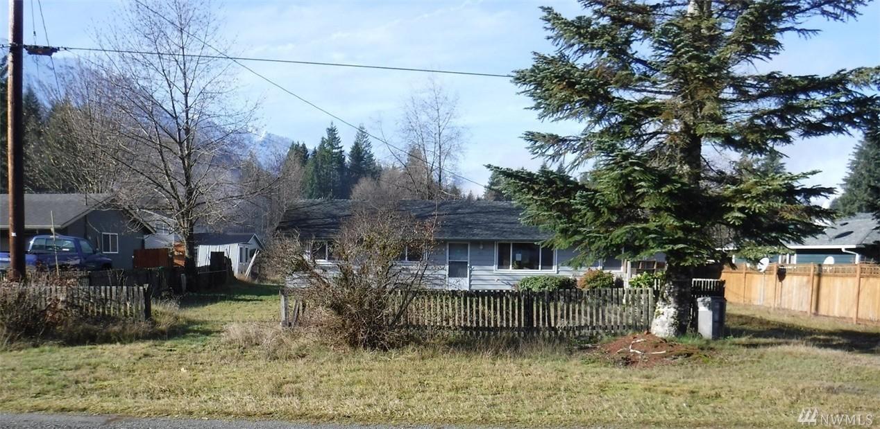 455 Sauk Ave Ave, Darrington, WA 98241
