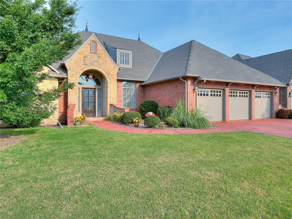 3009 Sycamore Court, Moore, OK 73160