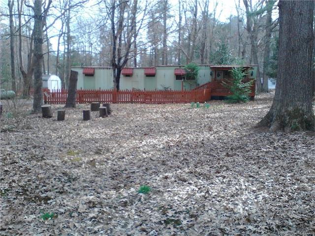 62 Woods Cove Lane, Mathews, VA 23109